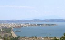 Looking_down_on_Thessaloniki_coast_August_8_2006_21